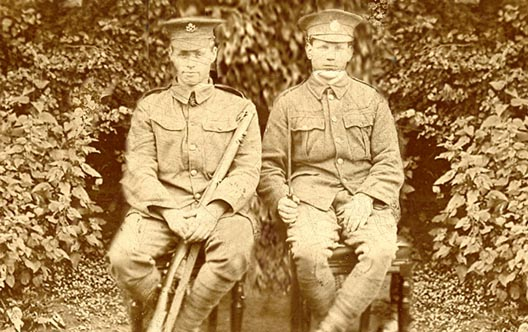 Image of soldiers